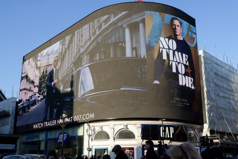 Stuudio kaotab Bondi-filmi edasilükkamisega kümneid miljoneid