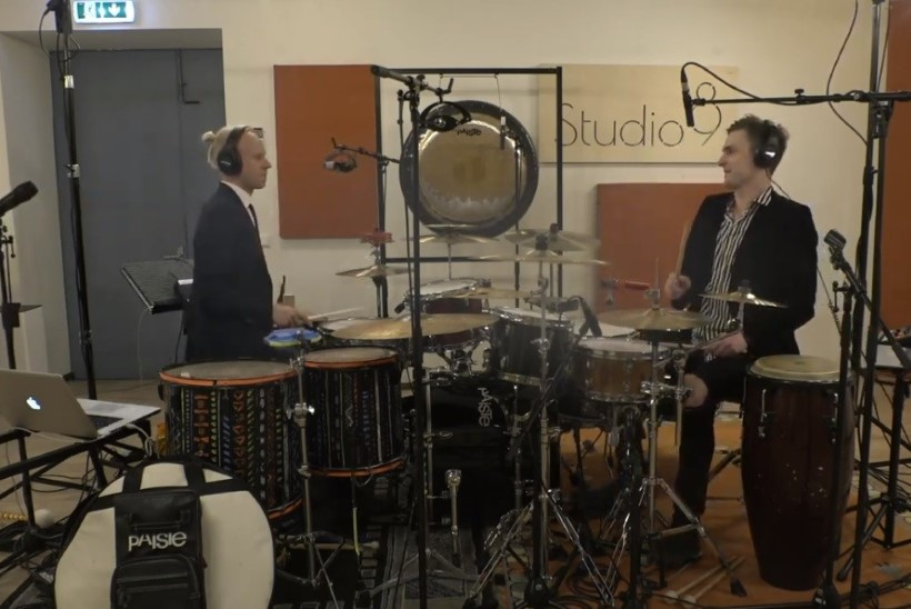 VEEBIKONTSERDID | Tanel Padar beebiga, tromboon katusel, trummarid hoos