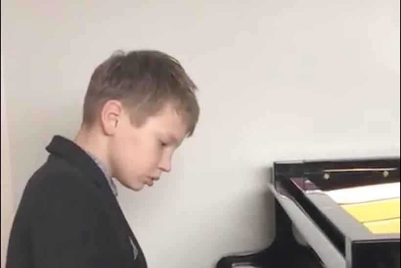 Silvia Ilvese 9aastane poeg Stefan võitis rahvusvahelise pianistide konkursi: see on tõesti üks uhke saavutus!