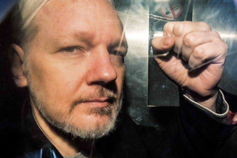 Julian Assange sai kaks last saatkonnas varjul olles