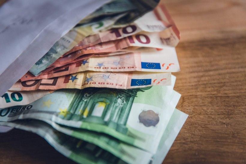 EKSPERIMENT | Kas ainult sularaha kasutades kulub vähem?