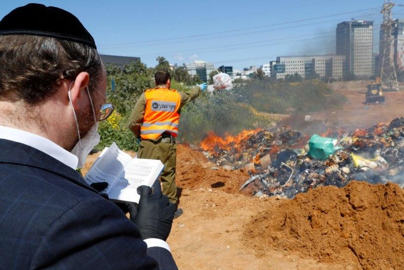 PULMAPEOD JA ÜHISPALVUSED: Iisrael pani sügavalt uskliku linna lukku