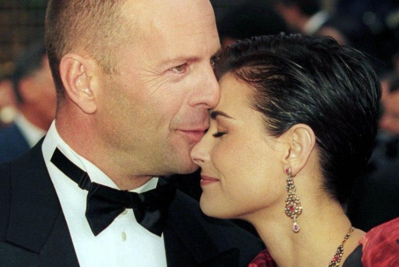 NOOR NAINE OOTAB KODUS: Bruce Willis on ikka veel koos Demiga karantiinis!