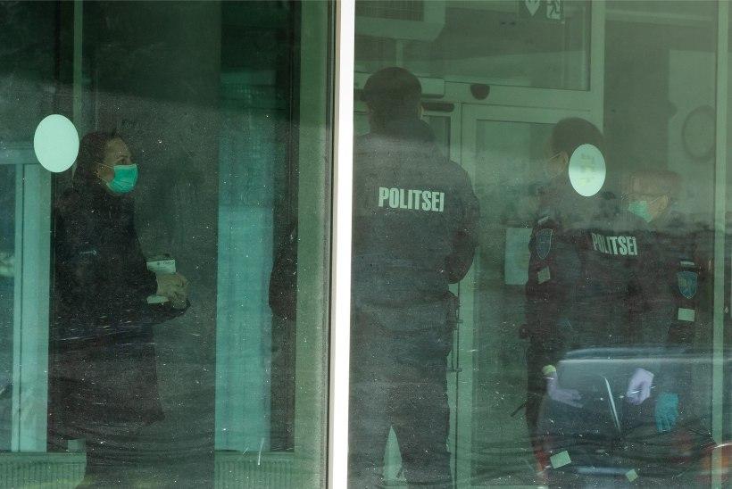 FOTOD | PIDU KOROONA AJAL: 6 lõbutsenud tudengit nakatusid, terviseamet testib ühikaelanikke
