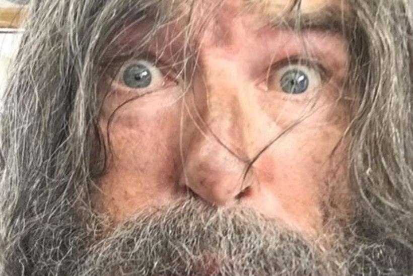 6 NÄDALAT KARANTIINIS: Pierce Brosnan näeb välja nagu poku!