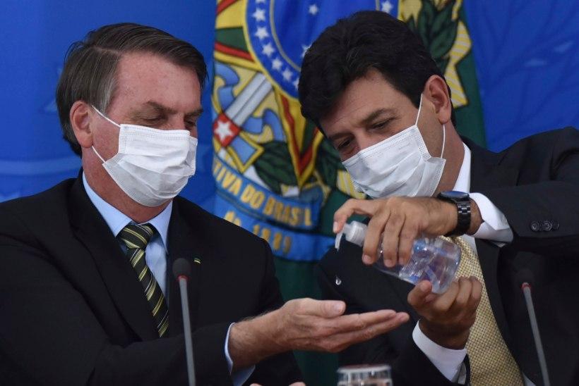 Brasiilia president vallandas pandeemiavastaseid meetmeid propageerinud tervishoiuministri