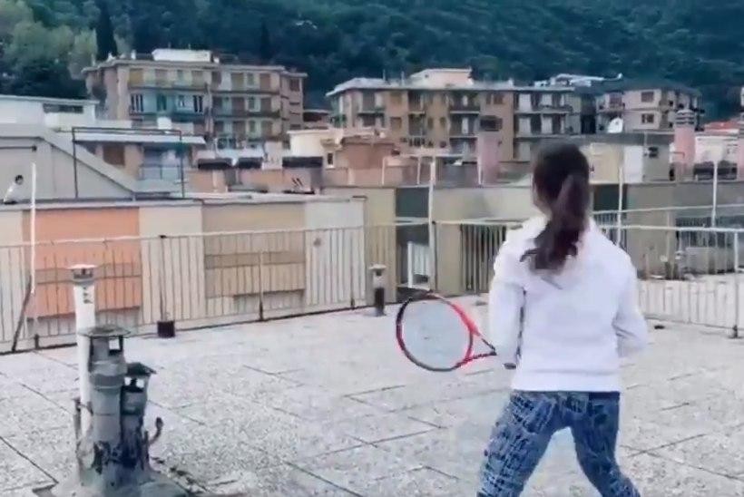 VIDEO   Loovad itaallannad leidsid suurepärase viisi, kuidas karantiinis tennist mängida
