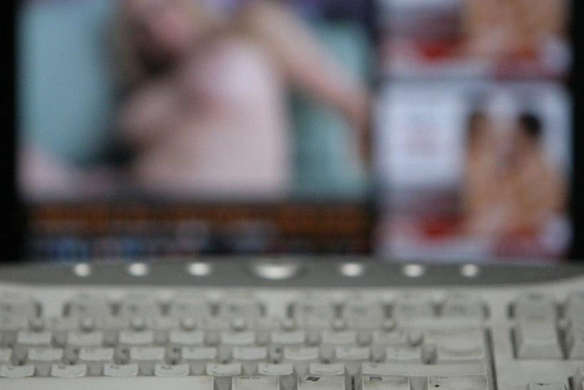 Porno vaatamine lööb rekordeid, vahele jäi ka tuntud jalgpallur
