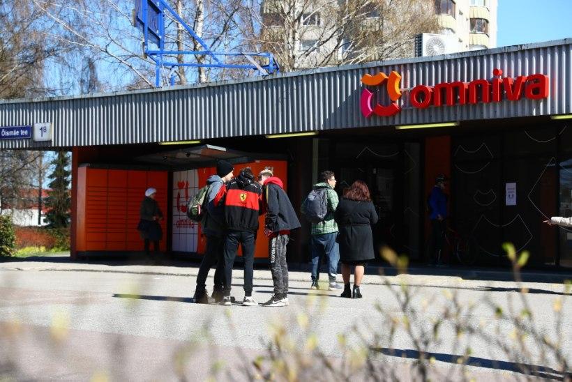 FOTOD   MAHUD LAES: Tallinnas tegutsevad lisaks Omniva automaatidele ajutised pakipunktid