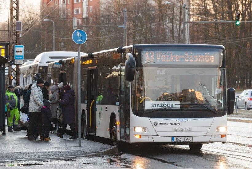 KRIISI MÕJU: bussijuhtide palgatõus lükkus edasi