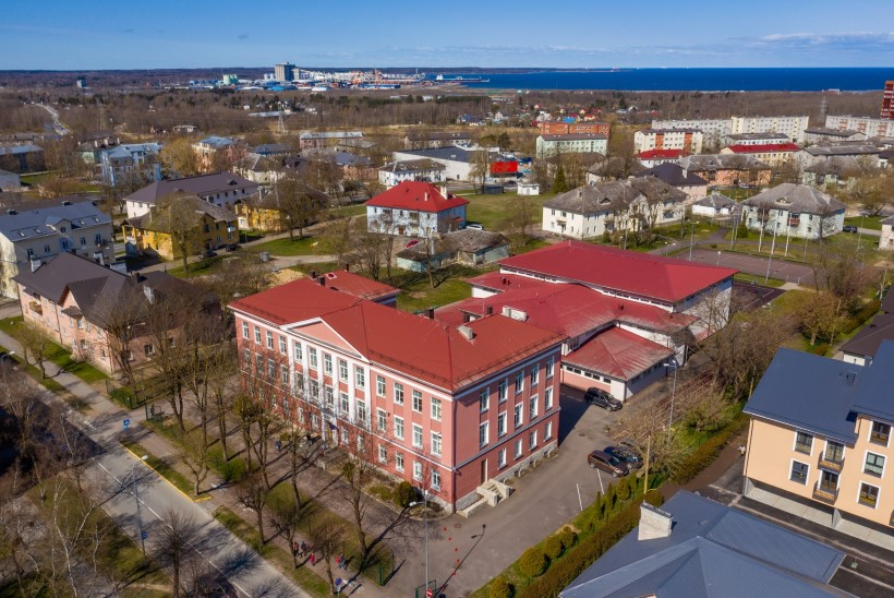 KEMEROVO JÕUGU ALLAKÄIK: kriminaalse seltskonna elu keerles Maardu eesti kooli ümber