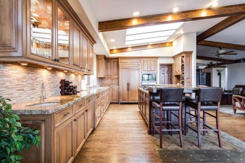 Plaanid kodus värskendust? Köögimööblit tasub otsida internetist
