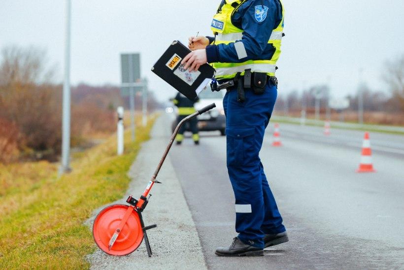 Pärnumaal hukkus liiklusõnnetuses kaubiku juht