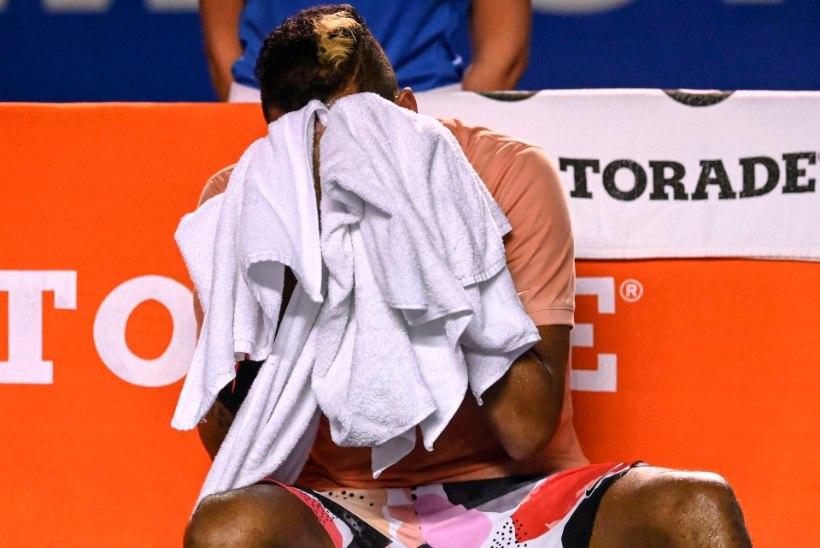 SÄH SULLE SÕPRA: tennisestaar sattus kolleegi vembu tõttu telefonikõnede laviini alla