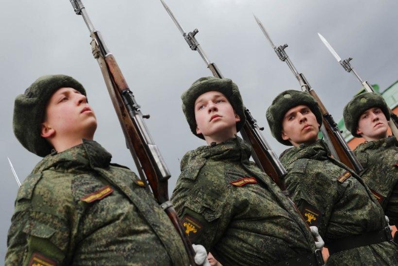 VIDEO | SUVA SEE KOROONA: Venemaa jätkab võidupüha paraadi proovidega