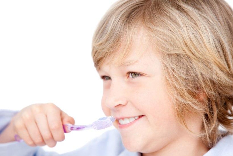HAMBAARST SOOVITAB: lihtsad reeglid, kuidas hoida laste hambad kriisi ajal terved