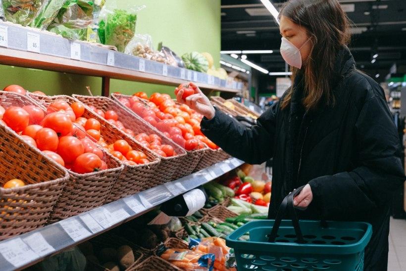 """""""Tahan ise tomateid valida"""" ja """"pelgan kullereid"""" ehk Miks rahvas e-poodlemise asemel ikka ise kauplusse kipub?"""