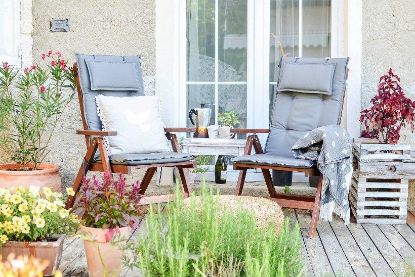 Suvi tuleb terrassile, rõdule ja aeda. Kuidas neid sisustada?