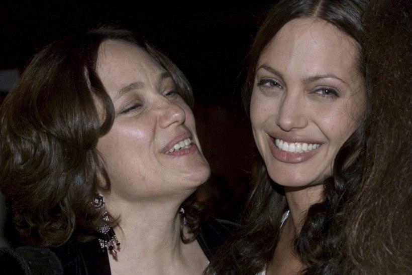 """Angelina Jolie: """"Ema surm muutis mind."""""""
