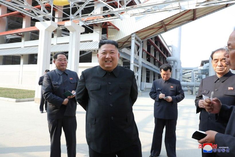 SUHKRUDEFITSIIT: põhjakorealasi tabas paanikaostlemise hoog