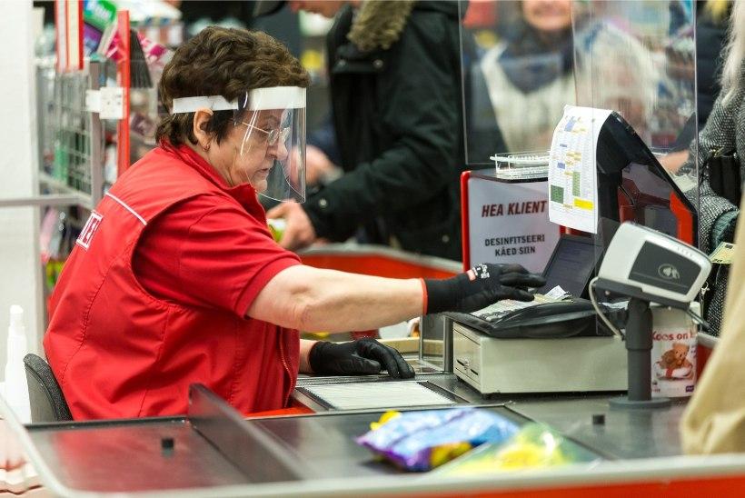 FOTOD | Kaubanduskeskuste taasavamine suurt tunglemist kaasa ei toonud