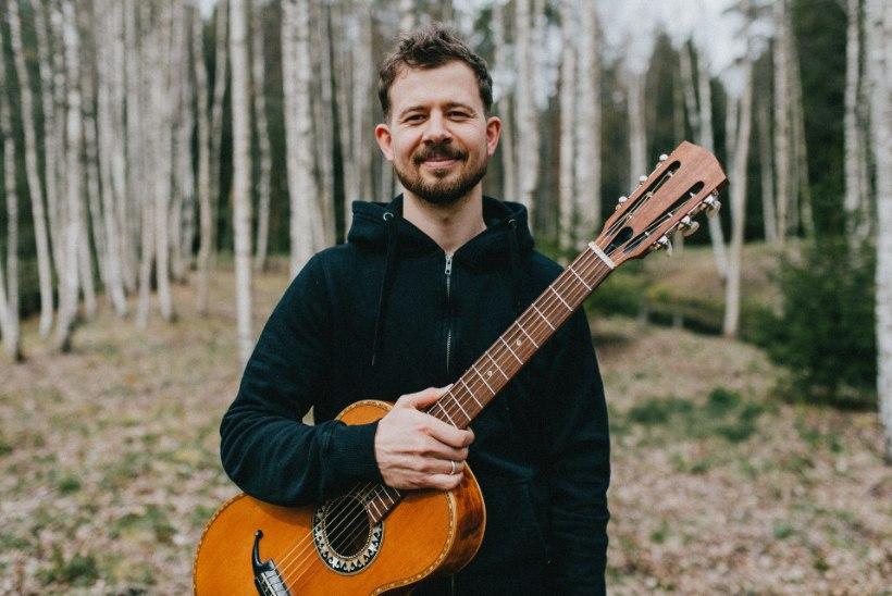 Jalmar Vabarna avab kitarrikooli: olen ju tegelikult pedagoogiks õppinud