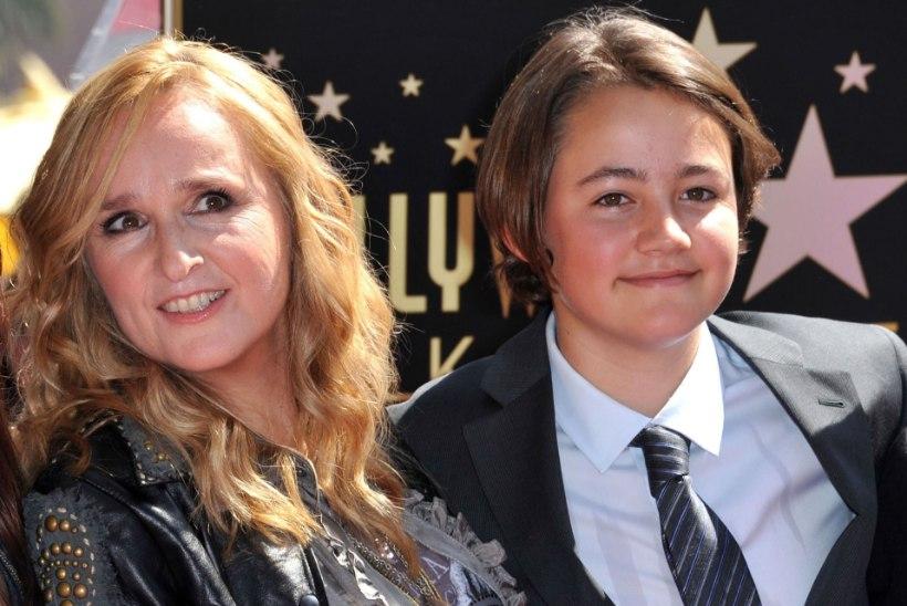 USA lauljanna leinab üledoosi surnud 21aastast poega
