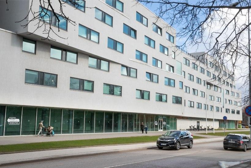 VALITSUSE KORRALDUS | Eriolukorra juht lõpetas Raatuse ühiselamus kehtinud liikumispiirangud