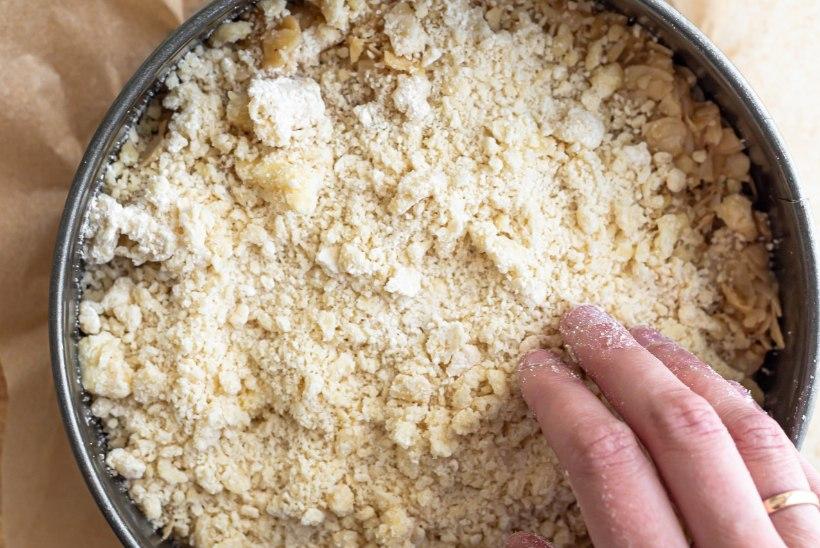 SAMM-SAMMULT | Pühitse rabarberihooaega mõnus-magusa Tosca koogiga!