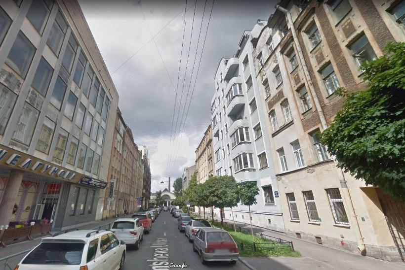 ÕL ARHIIV | PEIDIKUD METSAS JA TREPIKODADES: relvahuvilist Kalašnikovi süüdistatakse Eesti narkoturu vallutamises