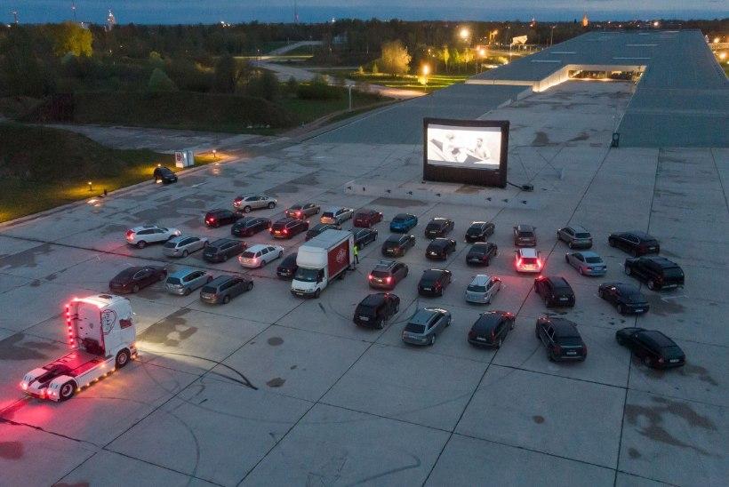 GALERII | Nagu Ameerikas: Raadi lennuväljal alustas autokino