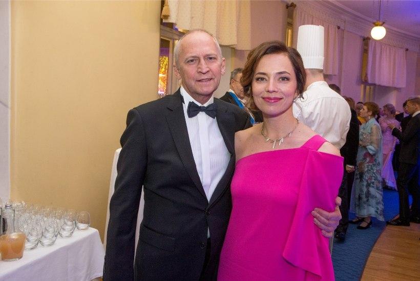 Enne pulmi vähe elulootust saanud Vahur Kersna tähistab abikaasa Liinaga kümnendat abieluaastat