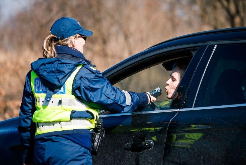 """Politsei jätkab """"Kõik puhuvad"""" reididega"""