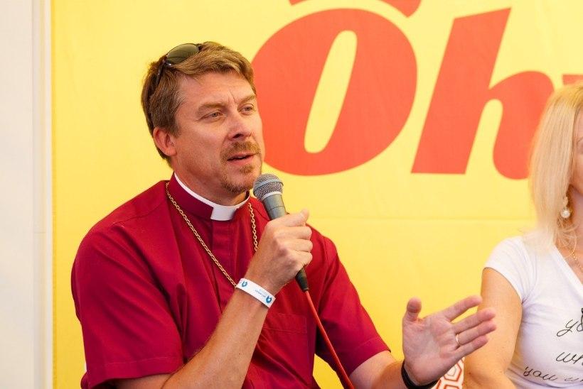 Kirikud alustavad meeleavaldust kirikukellade helistamisega