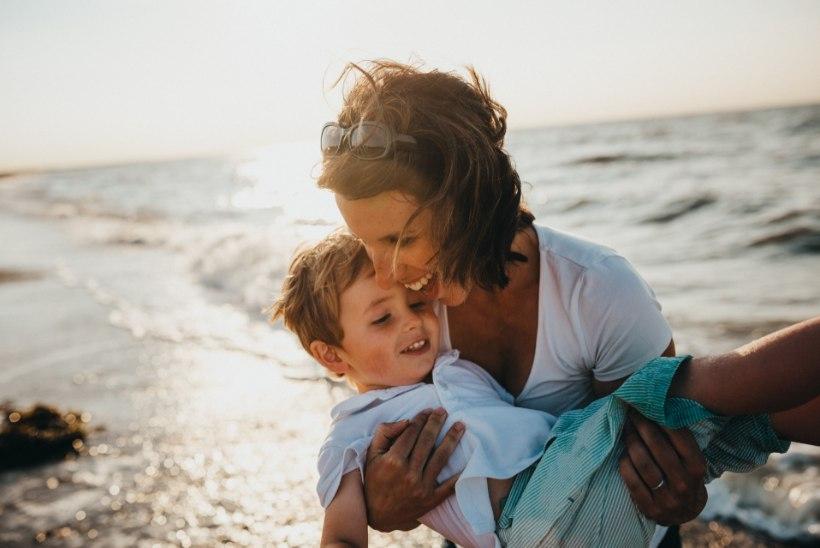 NIPIRAAMATU TEST | Vaata järele, milline ema sa oled!