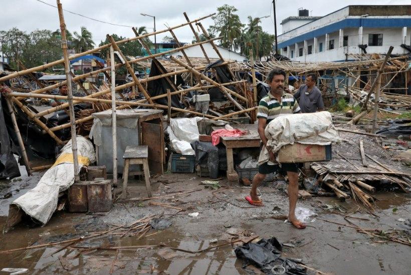 SUPERTSÜKLON: Amphan laastab Lõuna-Aasiat, miljonid on evakueeritud