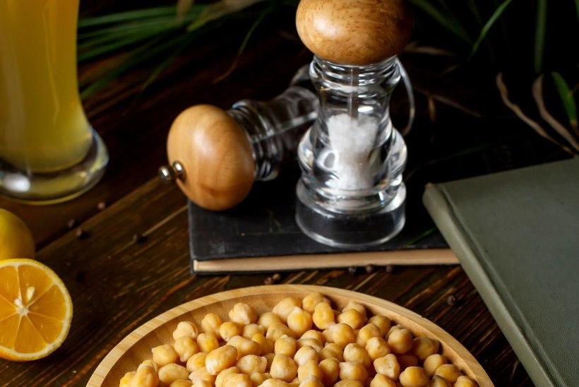 8 RETSEPTI KIKERHERNEST! Kuidas teha taimset tuunikala, vahukoort, majoneesi ja palju muud