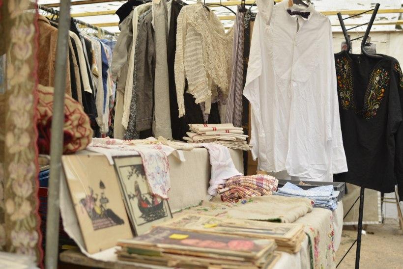 Plaanid kirbukal riideid müüa? Need 6 nippi aitavad kõigist asjadest lahti saada