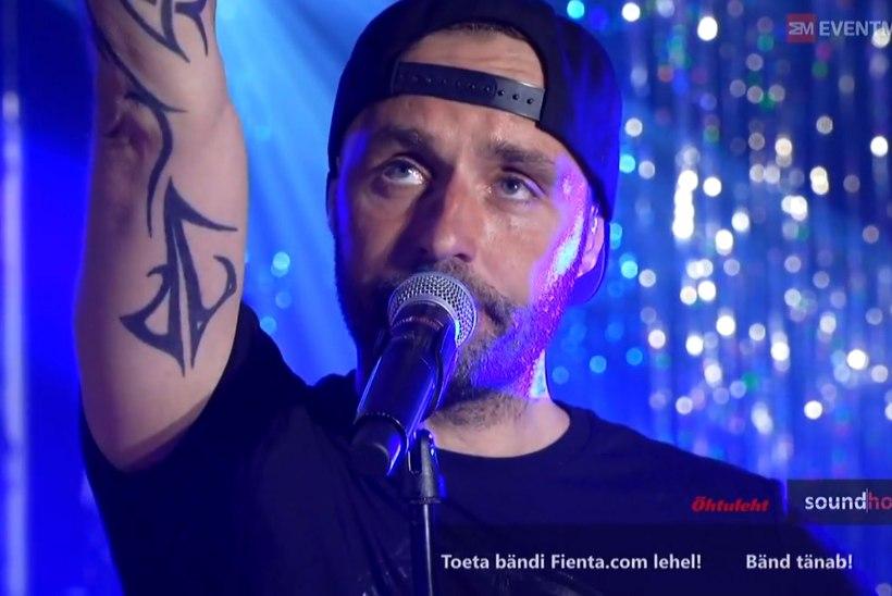 Suri ansambli The Tuberkuloited algkoosseisu kuulunud muusik Aivar Kandla
