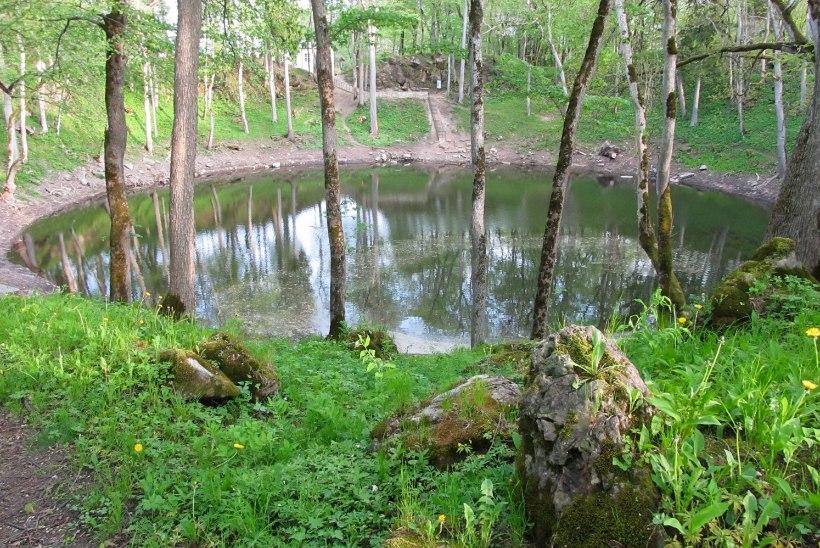 MÜSTIKA | Imed ja salaväed meie ümber: 9 looduslikku pühapaika, mida sel suvel külastada