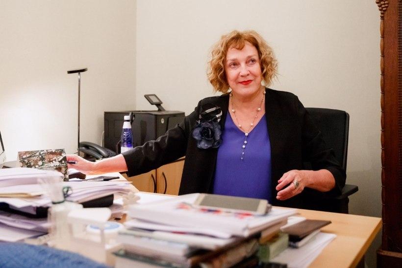 Maire Aunaste lahkus Kroonikast: ma ei viitsi viissada korda ühe ja sama kuulsusega intervjuusid teha
