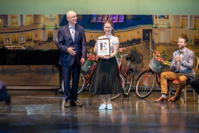 GALERII | Rahvusooperis Estonia jagati kolleegipreemiaid! Töötajad jälgisid üritust otseülekandena veebist