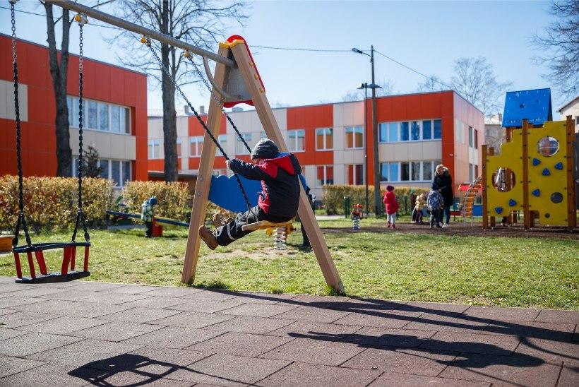 Tallinnas taastati lasteaia kohatasu, opositsioon materdab Keskerakonna otsust