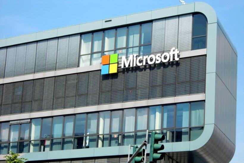 Microsoft asendab ajakirjanikud robotitega