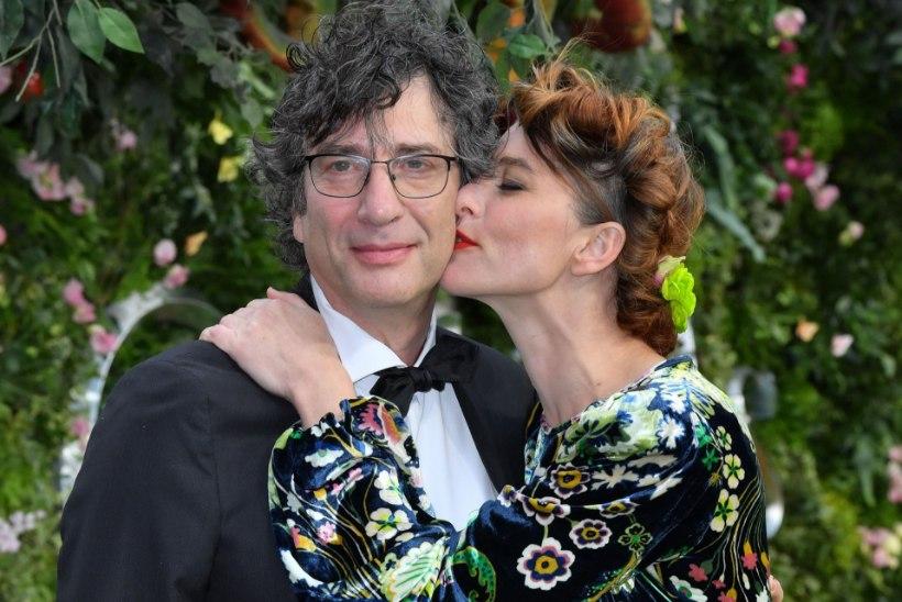 """""""Heade ennete"""" autori Neil Gaimani abielu on purunenud"""