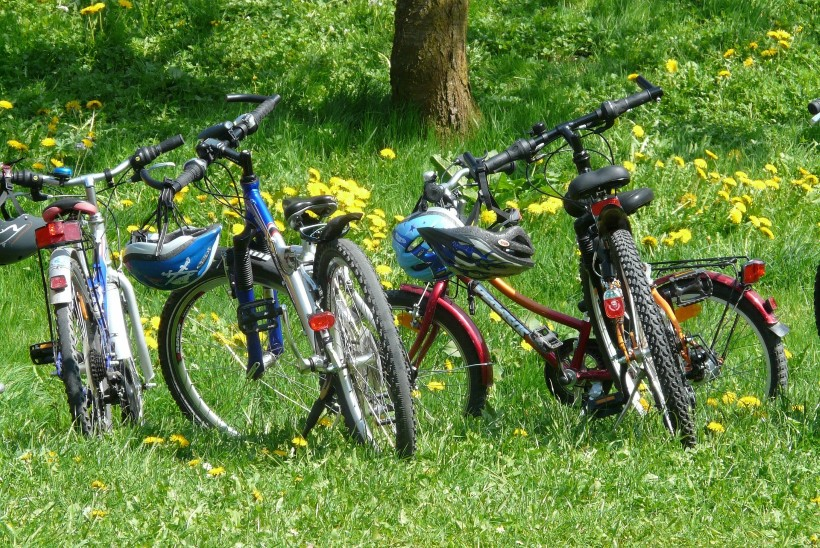 Viis olulist põhjust, miks soojal kevadilmal rattaga sõitma minna