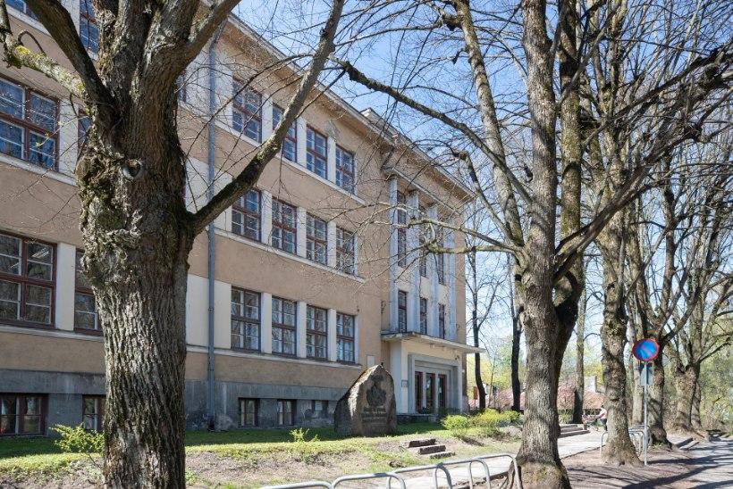 Ülikoolist progümnaasiumiks: Tartu linn ostis Karlova koolile teise maja