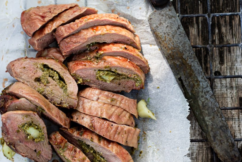 GRILL KUTSUB! Isemaitsestatud grill-liha on lihtne ning poekraamist odavam ja tervislikum