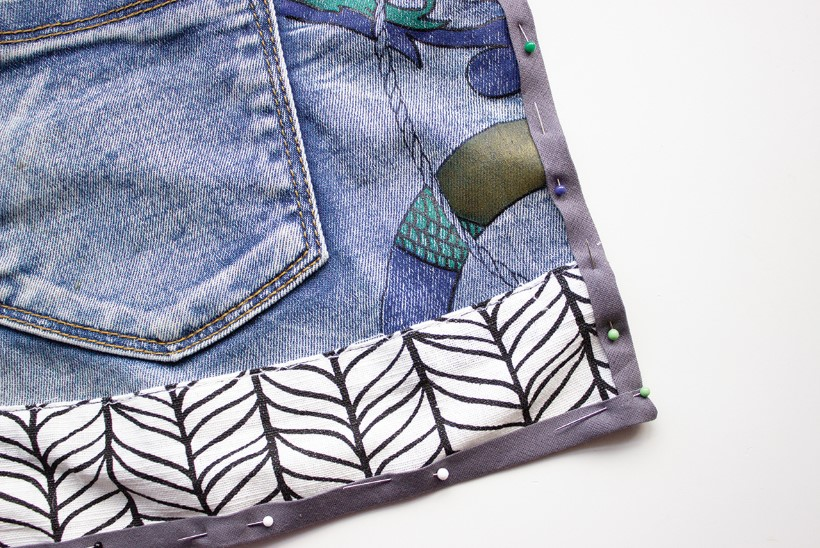 PANGE ASEMEL: meisterda vanadest teksadest vahva aiapõll!