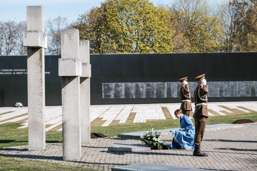GALERII | President Kaljulaid asetas pärjad II maailmasõjas langenute mälestuseks